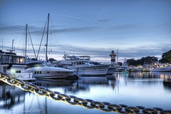 Harbour Town (Shawn O'Connell Photography) Tags: lighthouse color water night boats nikon harbour hiltonhead hdr harbourtown d90