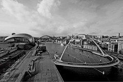 view from the Baltic (Leo Reynolds) Tags: bridge bw photoshop canon eos iso100 stitch photomerge f80 10mm canonefs1022mmf3545usm 0008sec 40d hpexif leol30random groupbw grouptwtme threadtwtme threadtwtme6fri groupblackwhite groupsepiabw groupblackwhitepics groupphotomerge groupstitch xleol30x xxx2009xxx xratio3x2x