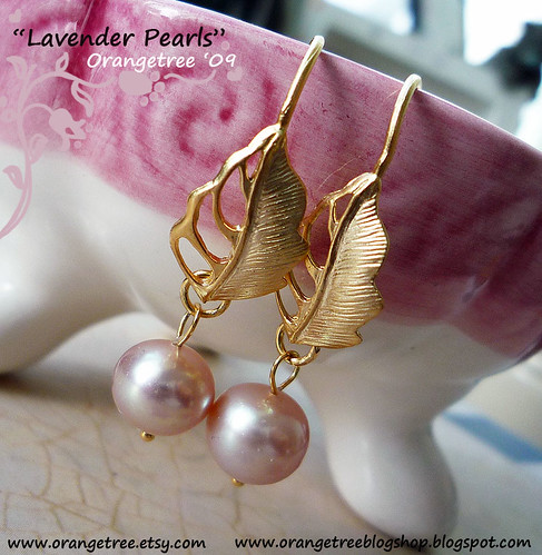Lavender pearls earrings