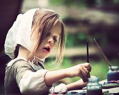 Young Artist at Work (SemiCharmedLife ()) Tags: portrait girl painting artist dof bokeh sgi claudemoorecolonialfarm ycp explored secp elitechildimages gettyimagess gettyimagesp