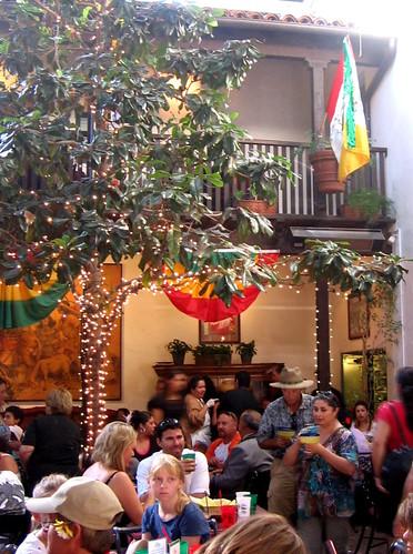 Fiesta El Paseo 3