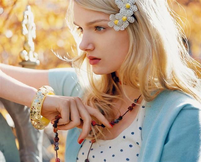Vogue UK: Sunday Girl