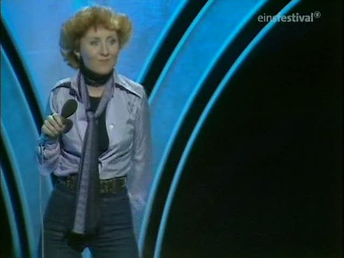 Top of the Pops (20th March 1975) [TVRip (XviD)] preview 9