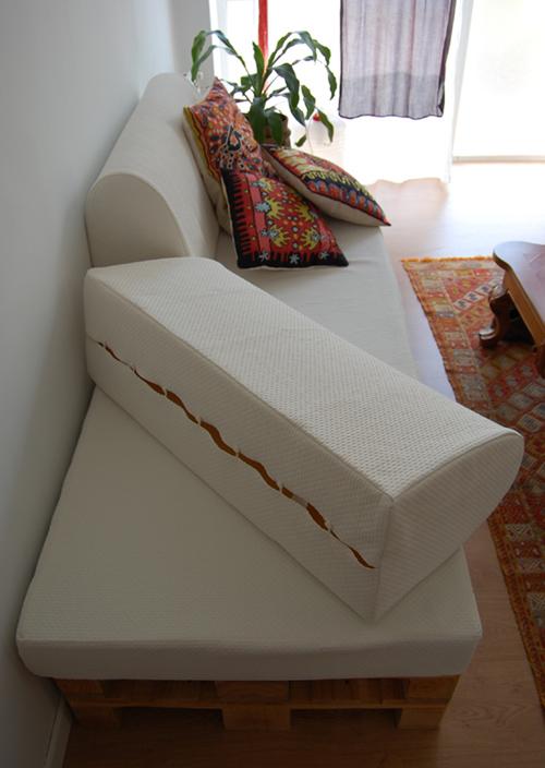Un jard n de hilo sofa part 2 cushions - Sofa para jardin ...