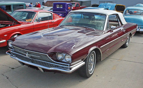 1966 Ford Thunderbird Convertible. 1966 Ford Thunderbird Convertible (3 of 6)