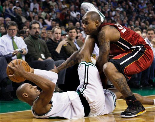 20100203-quentin-richardson-ray-allen