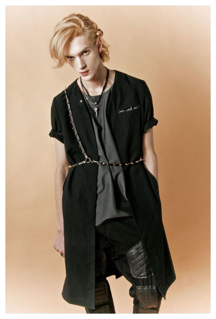 Paul Boche0215_Flaunt_Ph Lorenzo Marcucci(Fashionisto)