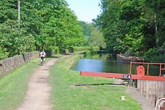 Gannys Lock, near Brighouse (Halliwell_Michael ## Offline mostlyl ##) Tags: trees canal lock canals locks 2009 westyorkshire brighouse kartpostal nikond40x