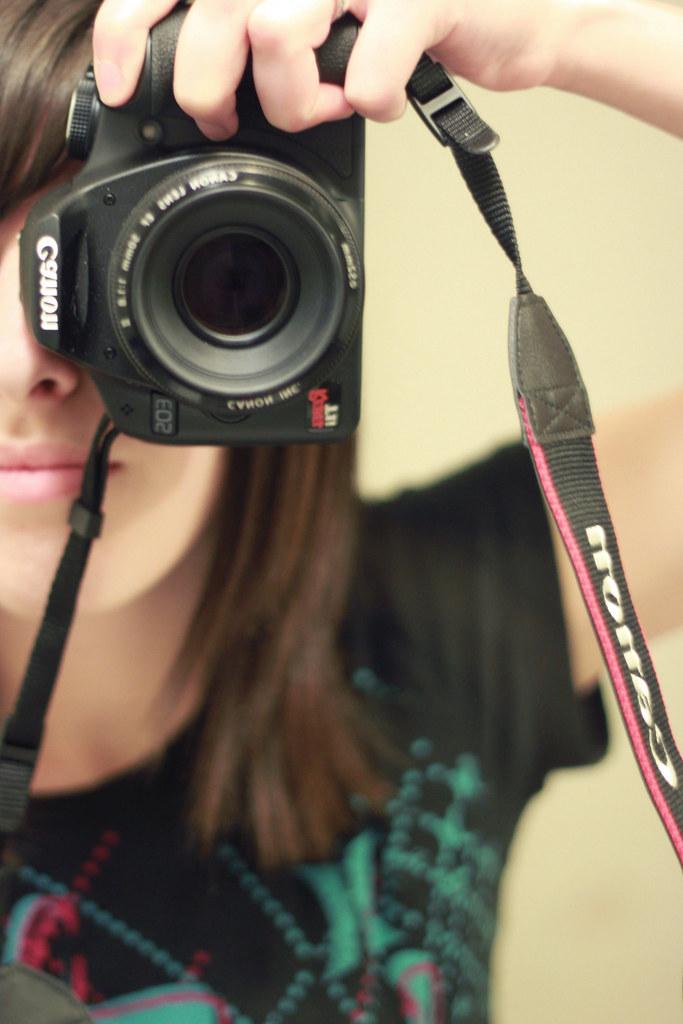 Canon T1i <3