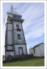 Saint-Pierre Kerity (oriannez) Tags: lighthouse france port brittany harbour bretagne phare finistere penmarch