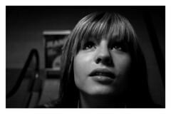 aufwrts (Fabian Stern) Tags: portrait person jung julia menschen elegant frau schwarz mdchen hoffnung traum weis nachdenklich nachdenken hbsch trumen schwarzweis hoffen ffentlichkeit