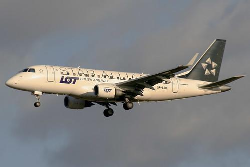LOT Polish Airlines Embraer ERJ-170-100LR SP-LDK FRA 14-01-07