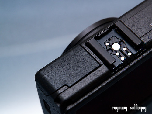Ricoh_GRD3_exterior_21 (by euyoung)