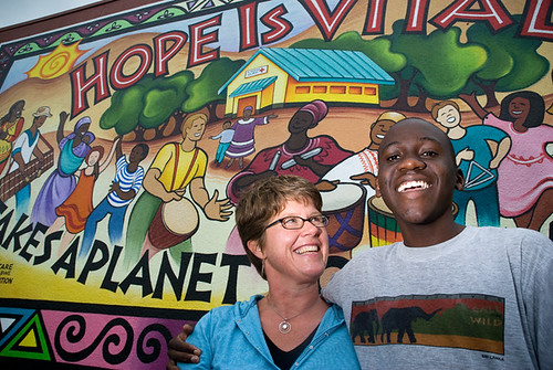 Muralist Heidi Schultz and Kudzai Nioni, who is from Zimbabwe and starting at OES in the fall.