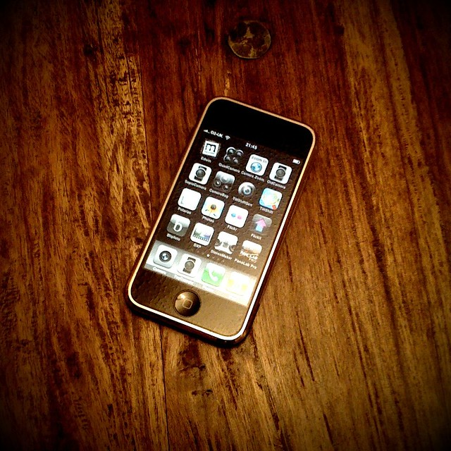my first gen iPhone (245/365)