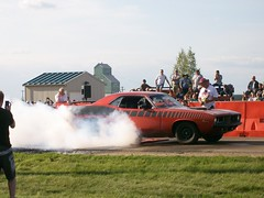 1973 Plymouth Cuda Burnout Competition (blondygirl) Tags: auto car plymouth burnout cuda sprucegrove plymouthcuda burnoutcompetition cruisersofthepast grovecruise