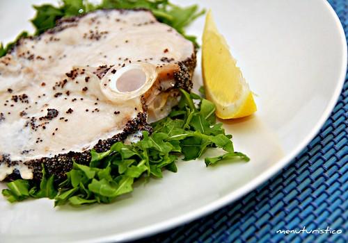 pesce spada in crosta di papavero e zenzero
