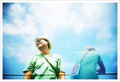 [遠方] Can Anyone Speak In English? (Marc Liu/馬克/) Tags: film japan oz 日本 fujifilm okinawa naha vivitar superia200 沖繩 琉球 船上 rainbowv fakemultiexposure 往渡嘉敷島 marcism