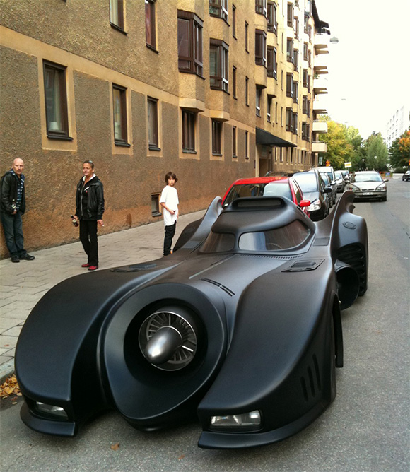 Full-Size-Batmobile-Replica