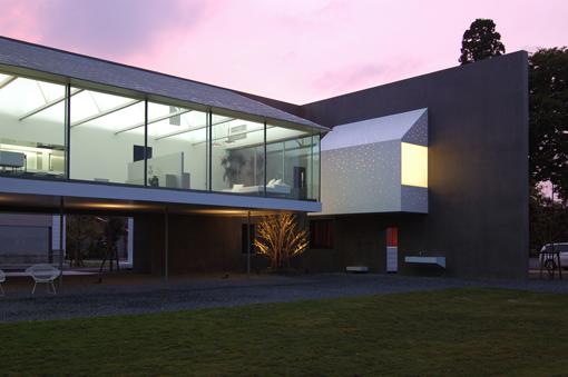 House Design Classic Home