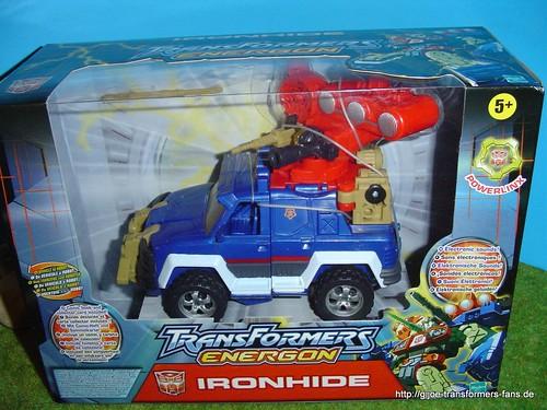 Ironhide Energon Mega-Class Transformers 001