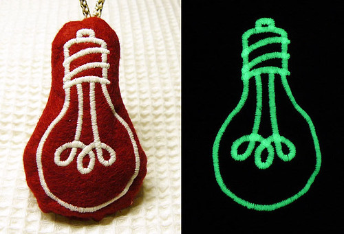 "Embroidery design ""Gingerbread bulb"""