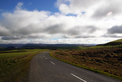 020 (thi.g) Tags: road newzealand sky clouds hills thig thilogierschner