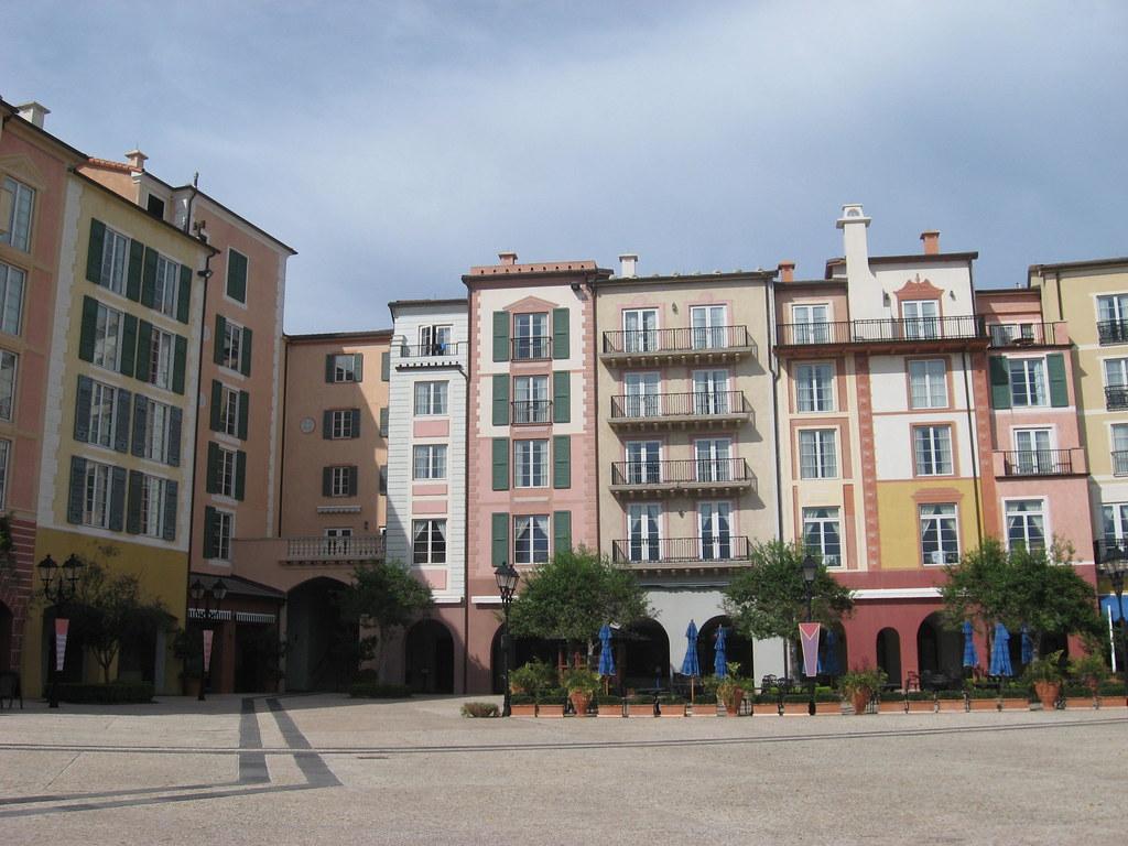 Portofino Bay Hotel - Universal Orlando Luxury Hotel