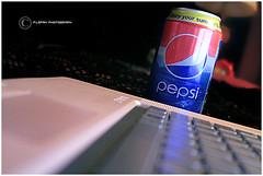 PepSi GirL :P (ƒlรƒคђ ) Tags: pepsi كمبيوتر بيبسي لاب توب