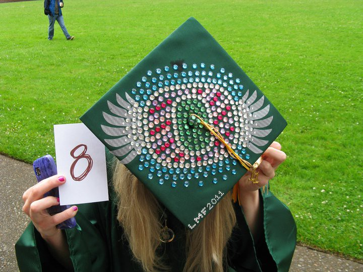 MBS Foreword Online - UO Mortarboard Decorating Contest - Duck Store