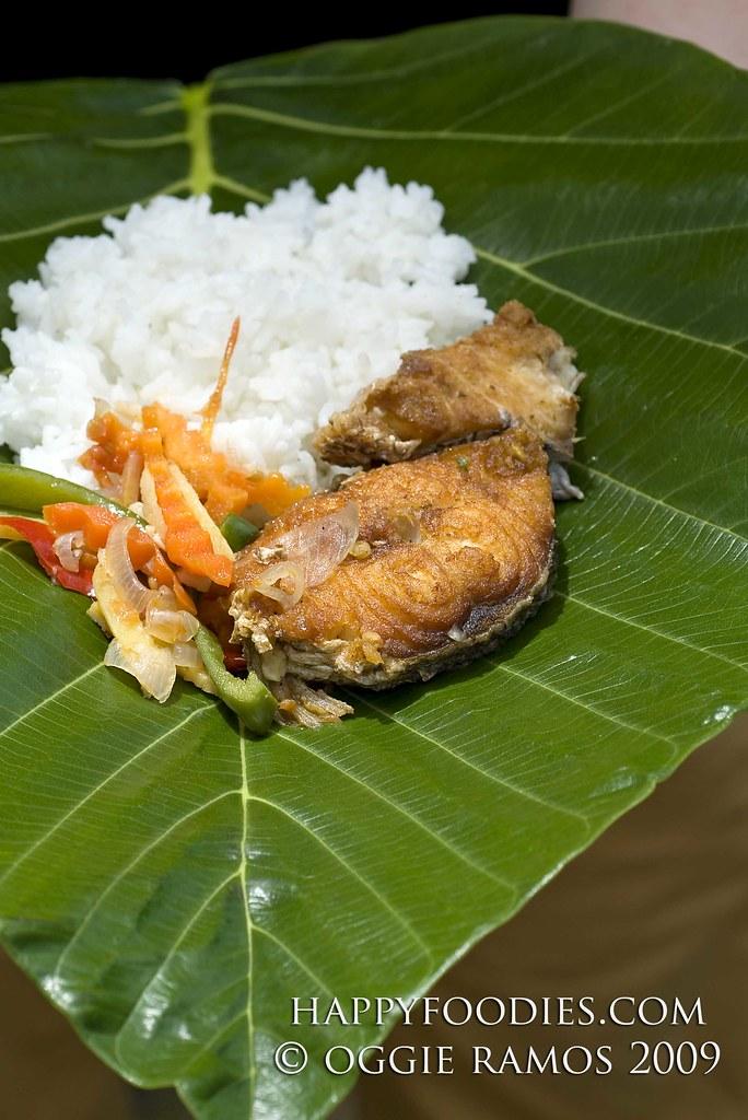 Dorado served on Kabaya Leaf