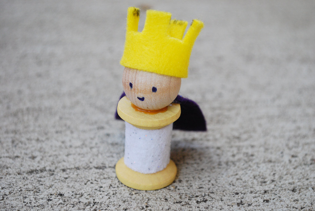 King Josiah Spool Doll