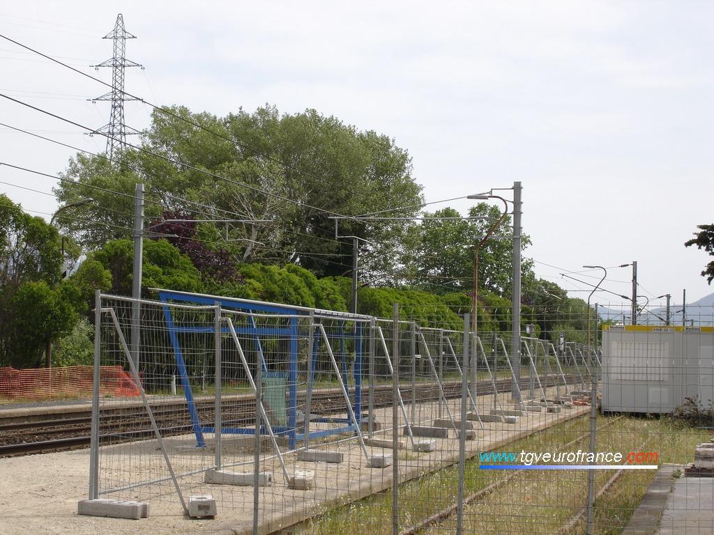 Début des travaux d'aménagement des quais de la gare de La Penne