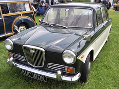 1971 Wolseley 1300 (Trigger's Retro Road Tests!) Tags: 1971 photos essex 2009 colchester rallye olde tyme 1300 wolseley aldham