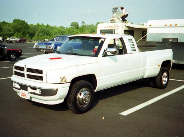 truck pickup dodge mopar ram carshow ram3500 duallie englishtownnj oldbridgetownshipracewaypark moparatlanticnationals