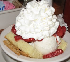Strawberry Shortcake (Mr. Ducke) Tags: dessert delicious strawberryshortcake