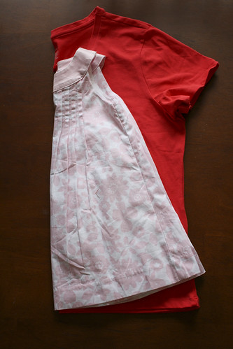 Fabuleux Roses and Ruffles- The T-shirt to Toddler Dress Tutorial BN69