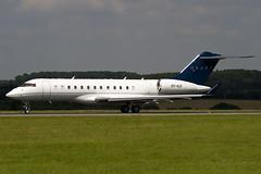 OY-ILG - Graff Aviation - Bombardier BD-700-1A10 Global Express - (BD700) - Luton - 090811 - Steven Gray - IMG_8781
