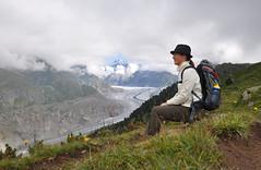 158/365_2009.08.04 (Chaossista) Tags: selfportrait clouds schweiz switzerland suisse suiza autoportrait wolken nubes wallis selbstportrait aletsch day158 aletschgletscher aletschwald 365days nikond90
