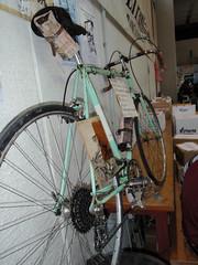 PA030048 (samg) Tags: old classic bicycle vintage mexico cycling ride cycle radda colnago jumble eroica gaioleinchianti wooljersey leroica whiteroads stradabianchi