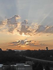 Abraço matinal (mario.soure) Tags: sol nuvens manhã rsvp sentimientos top20colorpix forgottentreasures allwelcome soure itsnotaboutyou anycoloryoulike sunsetdreams~endlesssunrise citritbestofyours heartawards betterthangood theperfectphotographer yourpreferredpicture scenicsnotjustlandscapes homersiliad bignature ±100aшαrđzorlessthan«500»♥crazy♥comments flickrhivemind unafotoperunireilmondoonephototounitetheworld uninstanteunahistoria grouptripod vosplusbellesphotos viladesoure platinumgolddoubledragonawards doubledragonawards flickrspictureperfect ~nuovoenvyofflickr~ gilipollasgroup arteoalgonuevo belledecontrejour showthebest travelsofhomerodyssey recoilx esprimeresestessi groupal3rab parisinitafriends wildclick obiettivofotocamera coloresentuvidacolorsinyourlife soyouwanttobeastar★ encostadosol thebestinfocosónatureza imágenesdelmundoimagesoftheworld brasilfotosmil beautifulseasonsiswinterhappynewyear2010 beautifulskyscenesonly favoritesunsetssunrises thelooklevel1red thelooklevel2yellow thelooklevel3orange thelooklevel4purple ourwonderfulandfragileworld thelooklevel5green thelooklevel6blue thelooklevel7white thelooklevel8gold rainbowofnaturelevel1red rainbowofnaturelevel3yellow rainbowofnaturelevel4green rainbowofnaturelevel5blue rainbowofnaturelevel7purple rainbowofnaturelevel2orange rainbowofnaturelevel6pink infinitexposurel1 infinitexposurel2 infinitexposurel3 infinitexposurel4 infinitexposurel5 infinitexposurel6 infinitexposurel7 mondedelaphotoniveau1