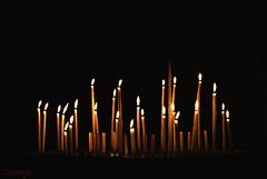 37 Deseos.... (Leonorgb) Tags: canon iglesia velas deseos