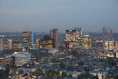 Rotterdam by night (martijn de gruiter) Tags: night iso400 flashoff 05s 550mm sonydslra300 sonyafdt18200mmf3563d
