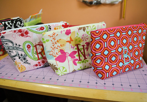 2011 06 04 Large Matching Zippered Pouches-1