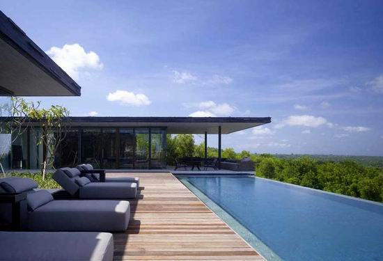 Alila Villas Uluwatu 08 Swimming Pool with Natural Scenery