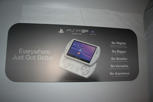 Silver PSP Go