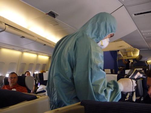 H1N1 virus checks aboard KLM plane from Amsterdam to Shanghai