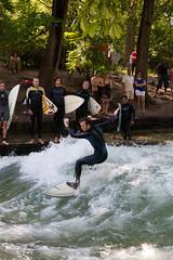 Eisbach Surfer (Tobi LG) Tags: germany munich münchen bayern deutschland bavaria surf m surfers 2009 surfen mnchen eisbach canoneos5dmarkii