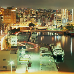 city lights (akira ASKR) Tags: okinawa 泊港 bronica bronicas2 zenzabronica zenzabronicas2 velvia100f rvpf naha 那覇 200960