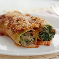 Spinach & Sausages Stuffed Cannelloni